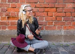 spotify listen to music